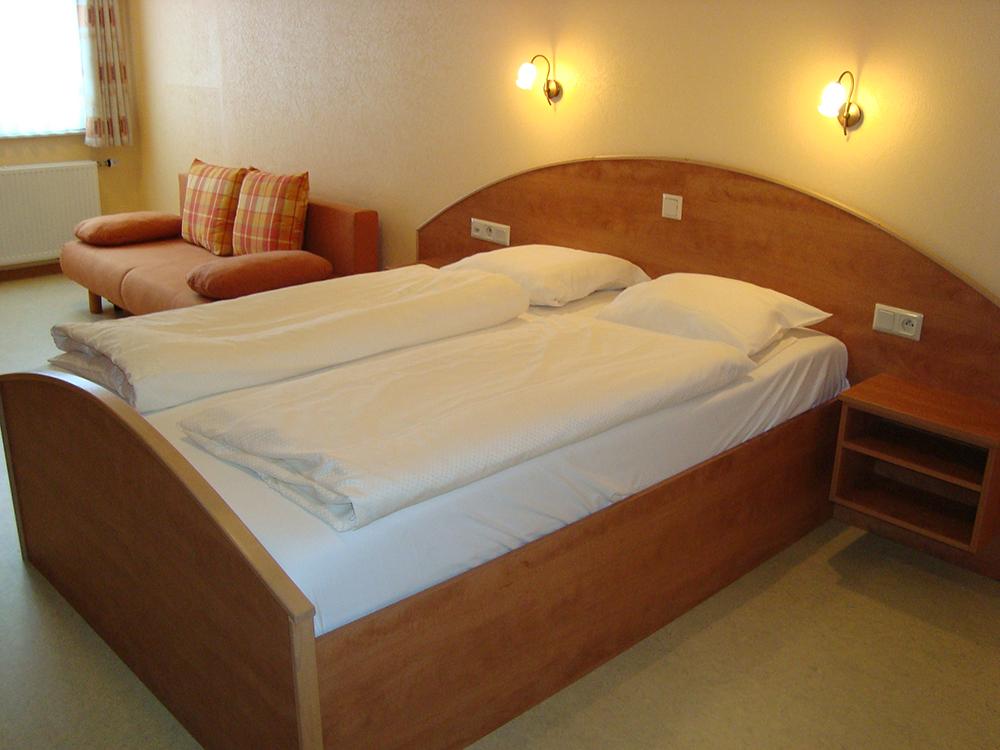 Zimmer h tel restaurant rauschen for Zimmer hotel
